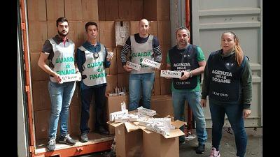 Sequestrate a Genova 9 ton. sigarette