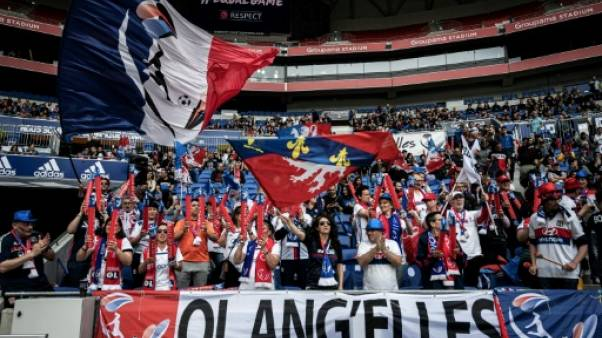 Supportrices et supporters de foot féminin: si différents ?