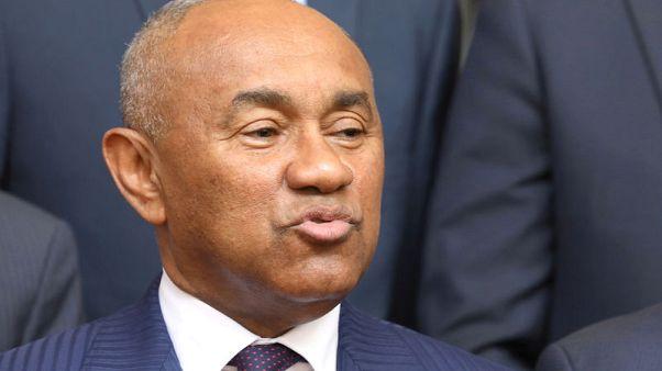 أحمد رئيس الاتحاد الافريقي لكرة القدم يخضع للاستجواب في فرنسا