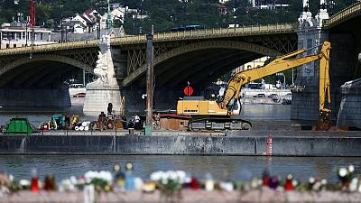 Crane put in place to raise Danube wreck where 28 died
