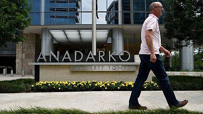 Anadarko pressed Occidental for cash, expecting investor opposition - filing