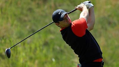 Golf: McIlroy threatens 59, wins Canadian Open by seven shots