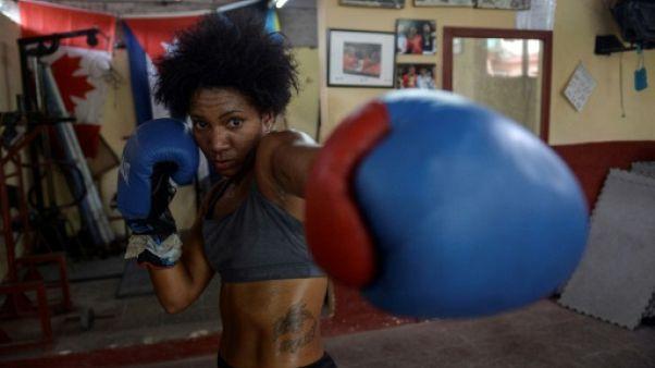 La Cubaine Idamelys Moreno pratique la boxe à La Havane, le 14 mai 2019