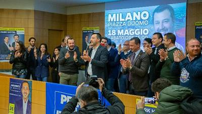 Salvini a Conte, tagliare le tasse