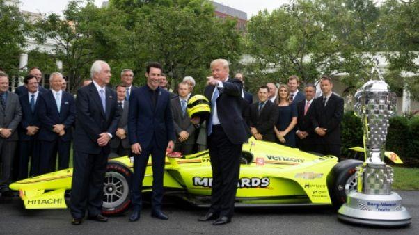 Trump accueille à la Maison Blanche le vainqueur français des 500 miles d'Indianapolis