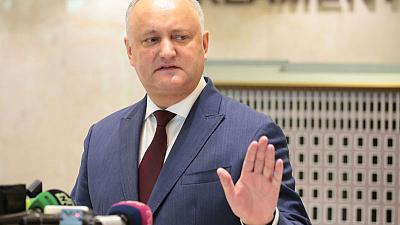 As rivals dig in, Moldova president pushes back against snap election