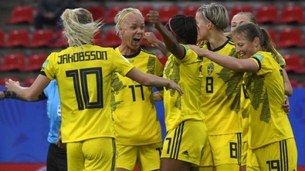 Les Suédoises battent les Chiliennes 2-0 lors du Mondial à Rennes le 11 juin 2019