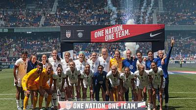 American politicians, athletes offer support to women's World Cup team