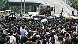 Des protestataires occupent les deux autoroutes à proximité du siège du gouvernement de Hong Kong, le 12 juin 2019