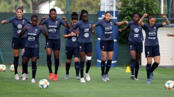 Les Françaises à l'entraînement, le 10 juin 2019 à Nice