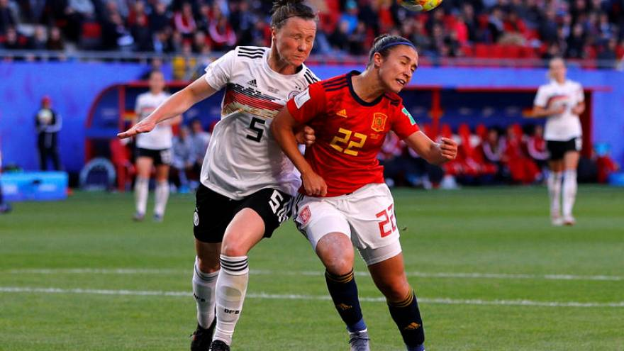 Germany beat Spain to close in on next round