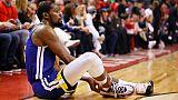 L'ailier de Golden State Kevin Durant se blesse à la cheville droite lors du match N.5 de la finale NBA à Toronto, le 10 juin 2019