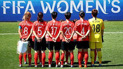 Koreans cling to slim last 16 hopes