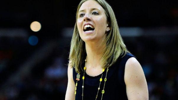 Lindsay Gottlieb, alors entraîneure des California Golden Bears, lors des demi-finales de Division I dames à La Nouvelle-Orléans, le 7 avril 2013