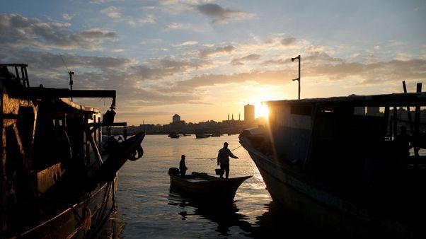 إسرائيل تقصف هدفا تابعا لحماس في غزة وتقول إنه رد على إطلاق صاروخ