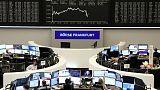 أسهم أوروبا تنخفض بفعل التجارة
