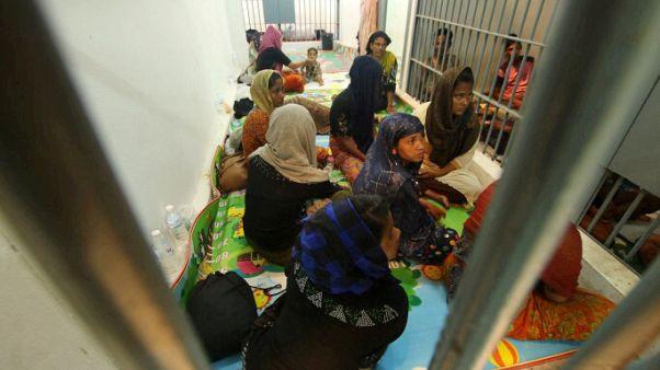 شرطة تايلاند تربط بين الروهينجا العالقين وتهريب البشر