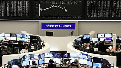 European shares dip on trade, German 5G auction lifts telecom index