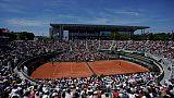 Le court central Philippe-Chatrier lors du choc Stan Wawrinka-Grigor Dimitrov, le 1er juin 2019 à Roland-Garros