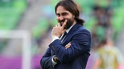 Pedros leaves role as Lyon manager by mutual consent - club