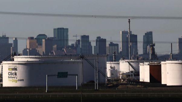 هيئة صناعية:إنتاج النفط الكندي سيرتفع 1.4% سنويا إلى 5.86 مليون ب/ي بحلول 2035