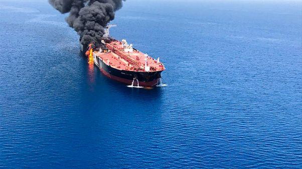 مصدر: الهجمات على ناقلتي النفط قرب الساحل الإيراني لم تنفذ باستخدام طوربيدات