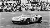 Le Belge Jacky Ickx et son copilote britannique Jackie Oliver lors de la 37e édition des 24 Heures du Mans, le 14 juin 1969