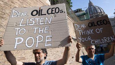 Clima: Papa, giovani non paghino per noi