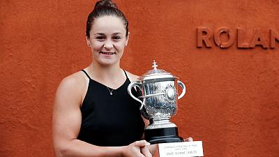 Barty looking forward to fresh start on grass