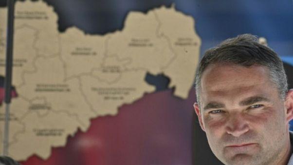 Sebastian Wippel, candidat de l'Alternative pour l'Allemagne (AfD) à la mairie de Görlitz, pose durant un meeting de campagne dans la ville de Saxe, le 12 juin 2019