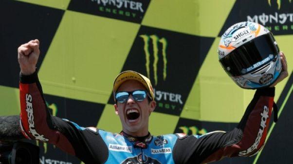L'Espagnol Alex Marquez sur la 1re marche du podium du GP de Catalogne, à Montmelo, le 16 juin 2019