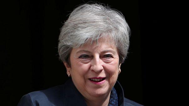 صحيفة بريطانية تتحدث عن اجتماع مرتقب لماي وبوتين في قمة العشرين