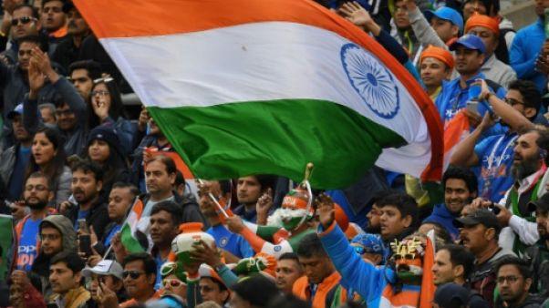 Supporters indiens durant le match de cricket opposant leur pays au Pakistan lors de la Coupe du monde, à  Old Trafford à Manchester, le 16 juin 2019