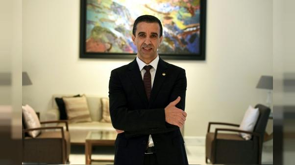 Ali Haddad après son élection à la présidence du Forum des chefs d'enterprises (FCE), à Alger, le 27 novembre 2014