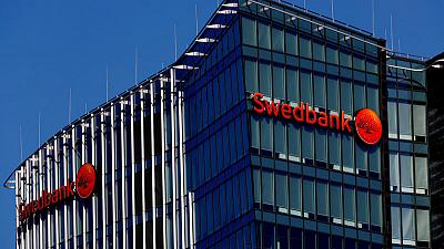 Swedbank suspends chiefs at Estonian arm after money laundering review