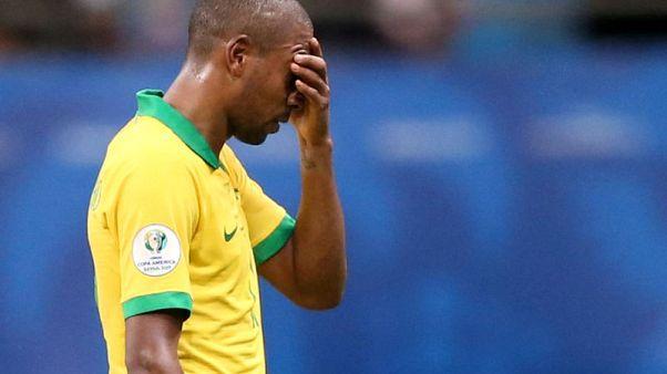 """مدرب فنزويلا يغني """"يحيا حكم الفيديو"""" بعد التعادل مع البرازيل"""