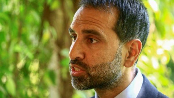L'ambassadeur britannique au Soudan, Irfan Siddiq, lors d'un entretien avec l'AFP dans sa residence officielle de Khartoum, le 18 juin 2019