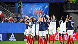 Les Bleues à l'issue de leur victoire face aux Nigérianes lors du match de phase de groupes du Mondial, à Rennes, le 17 juin 2019