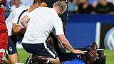 L'attaquant des Bleuets, Jonathan Bamba, blessé lors du match de phase de groupes de l'Euro Espoirs face à l'Angleterre, à Cesena en Italie, le 18 juin 2019