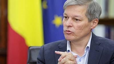 Ex-Romanian PM elected head of European centrist group with Macron's blessing