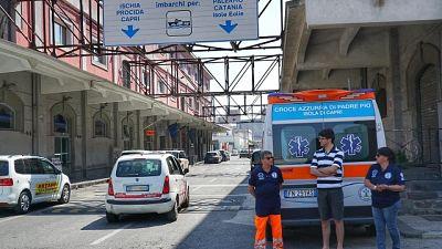 No ambulanza, paziente Capri su sedia