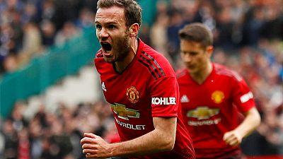 Mata extends Manchester United deal until 2021