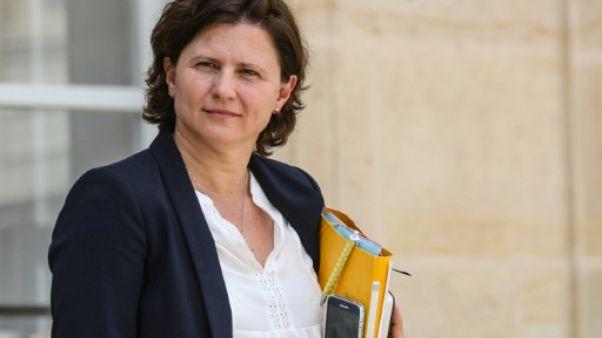 La ministre des Sports Roxana Maracineanu quitte l'Elysée à la sortie du Conseil des ministres, le 19 juin 2019 à Paris