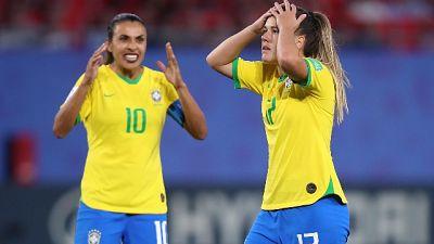 Marta con rossetto, in Brasile è 'caso