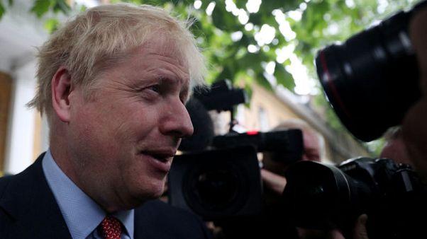 جونسون يعزز موقفه في الجولة الثالثة من التصويت على زعامة المحافظين في بريطانيا