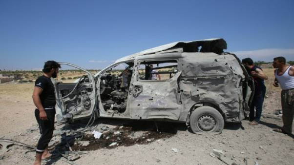 Une ambulance détruite par un raid aérien ayant tué 14 civils dont deux secouristes, dans le village de Maaret al-Noomane, dans le nord-ouest de la Syrie, le 20 juin 2019