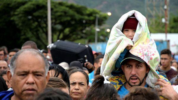 حصري-الجيش الكولومبي: جماعات مسلحة محلية تجند فنزويليين يتملكهم اليأس