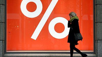 Euro zone consumer confidence falls to -7.2 in June