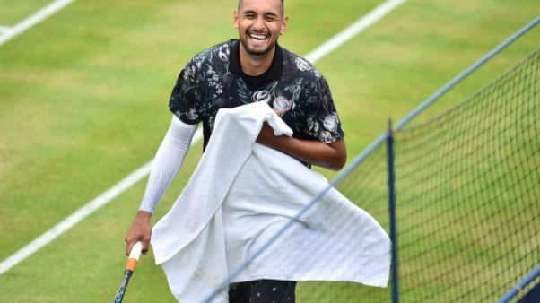 L'Australien Nick Kyrgios contre l'Espagnol Roberto Carballes Baena au 1er tour du tournoi du Queen's, le 20 juin 2019 à Londres