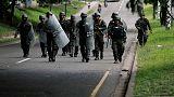 رئيس هندوراس يأمر بنشر قوات من الجيش مع تصاعد الاضطرابات في البلاد